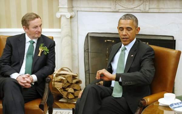 Smartwatch Fitbit dipakai Presiden Obama