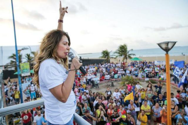 """Elba Ramalho fala contra o aborto em Marcha pela Vida: """"Fere o coração de Deus"""""""