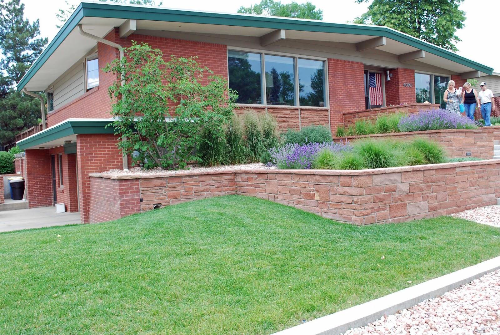 The art garden landscape design focus modern for Garden designs for slopes