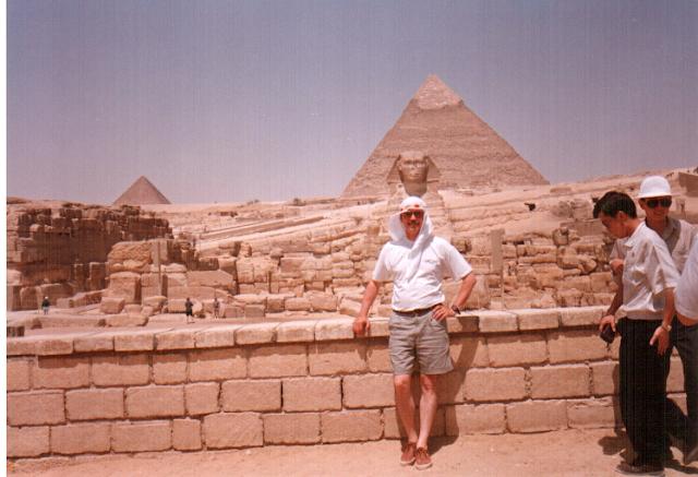 aslan gövdeli firavun başlı olan Sfensk