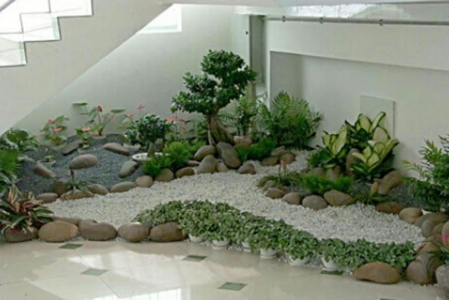 gambar desain taman kering minimalis dalam rumah