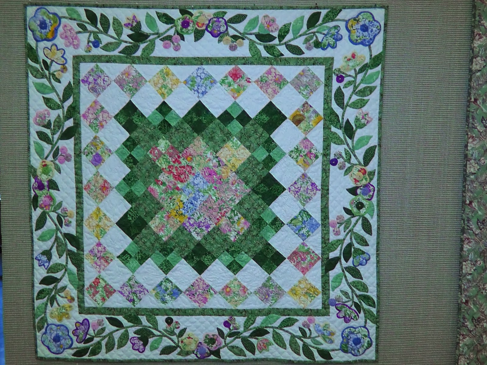 Utah Valley Quilt Guild October Meeting