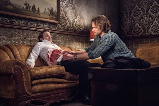 "Richard Speight Jr. as Gabriel and Jared Padalecki as Sam Winchester in Supernatural 13x20 ""Unfinished Business"""