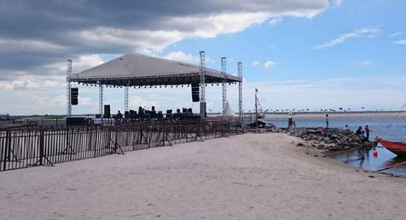 Pantai Ancol Lagoon