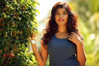 Actress Sanchita Shetty Latest HD Picture Shoot Gallery 0007