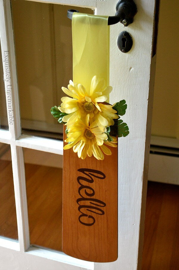 DIY Wooden Fan Blade Welcome Sign