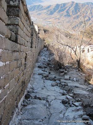 45 grados - Mojado estaría muy resbaloso.  Jiankou - Gran Muralla China