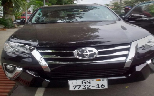Mahama's car gift to Abudu Regent from his coffers - NDC