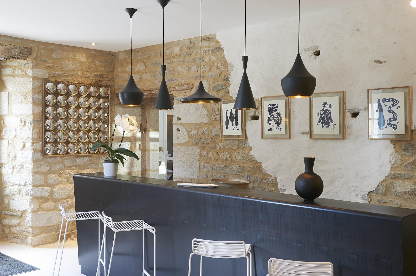 le prieur restaurant dans les coulisses du prieur. Black Bedroom Furniture Sets. Home Design Ideas