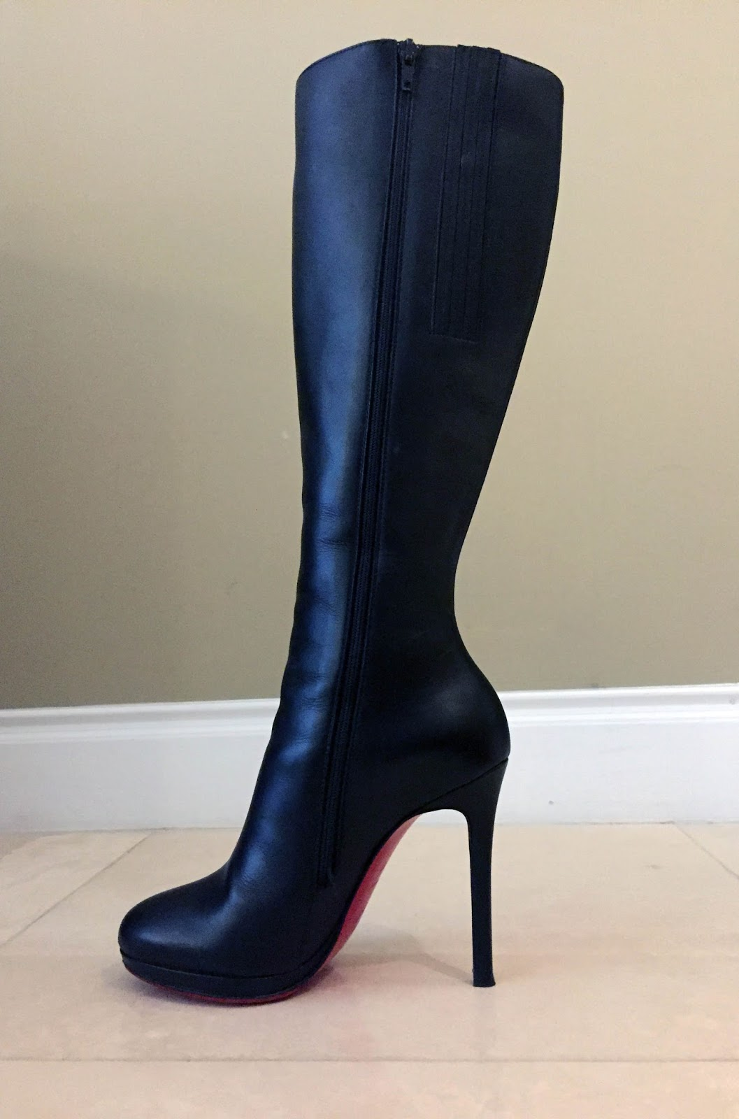the latest d6c59 269d9 My Superficial Endeavors: Christian Louboutin Botalili Knee ...