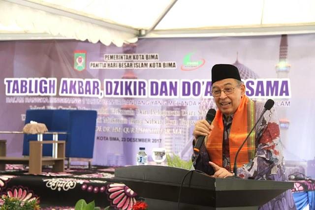 <b>Quraish Shihab Hadiri Tabligh Akbar dan Peringatan 1 Tahun Banjir Bandang Kobi</b>