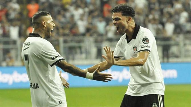 0a98b69c10 Besiktas vence Yeni Malatyaspor por 2-1 - Quaresma titular faz 1 Assistência