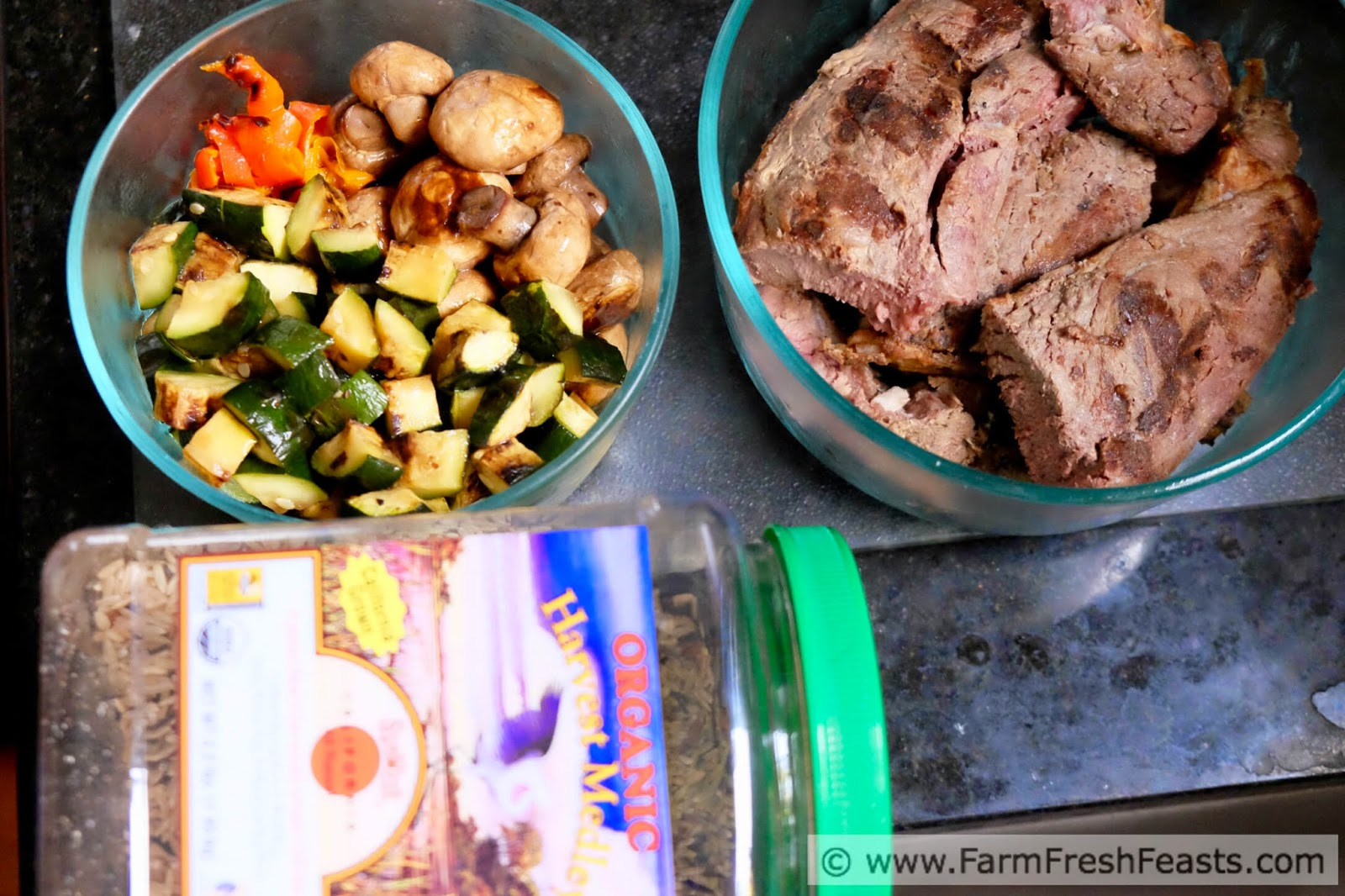 http://www.farmfreshfeasts.com/2015/05/grilled-steak-vegetable-wild-rice-salad.html