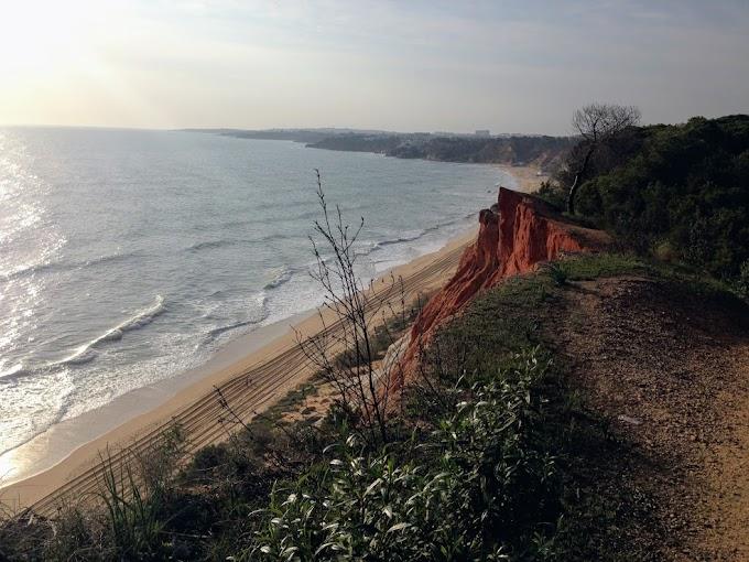 La playa de Falesia, la más linda del Algarve