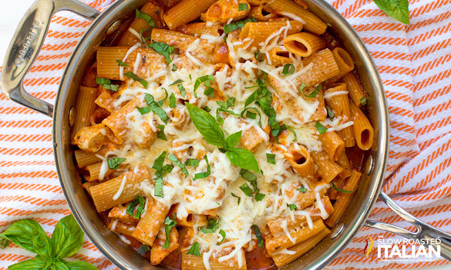 one pan meal of chicken Parmesan and penne pasta