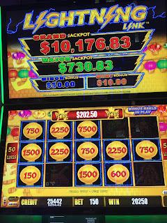 Lightning slot machine tips blackjack roulette poker slot apk