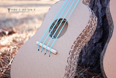 Como hacer una Guitarra de Carton Tuto y Platilla