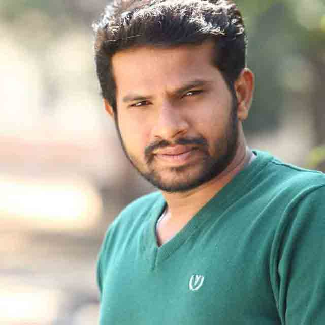 Hyper Aadi(Jabardasth Comedian) Profile Biography and Wiki and Biodata, Body Measurements, Age, Husband, Affairs and Family Photos