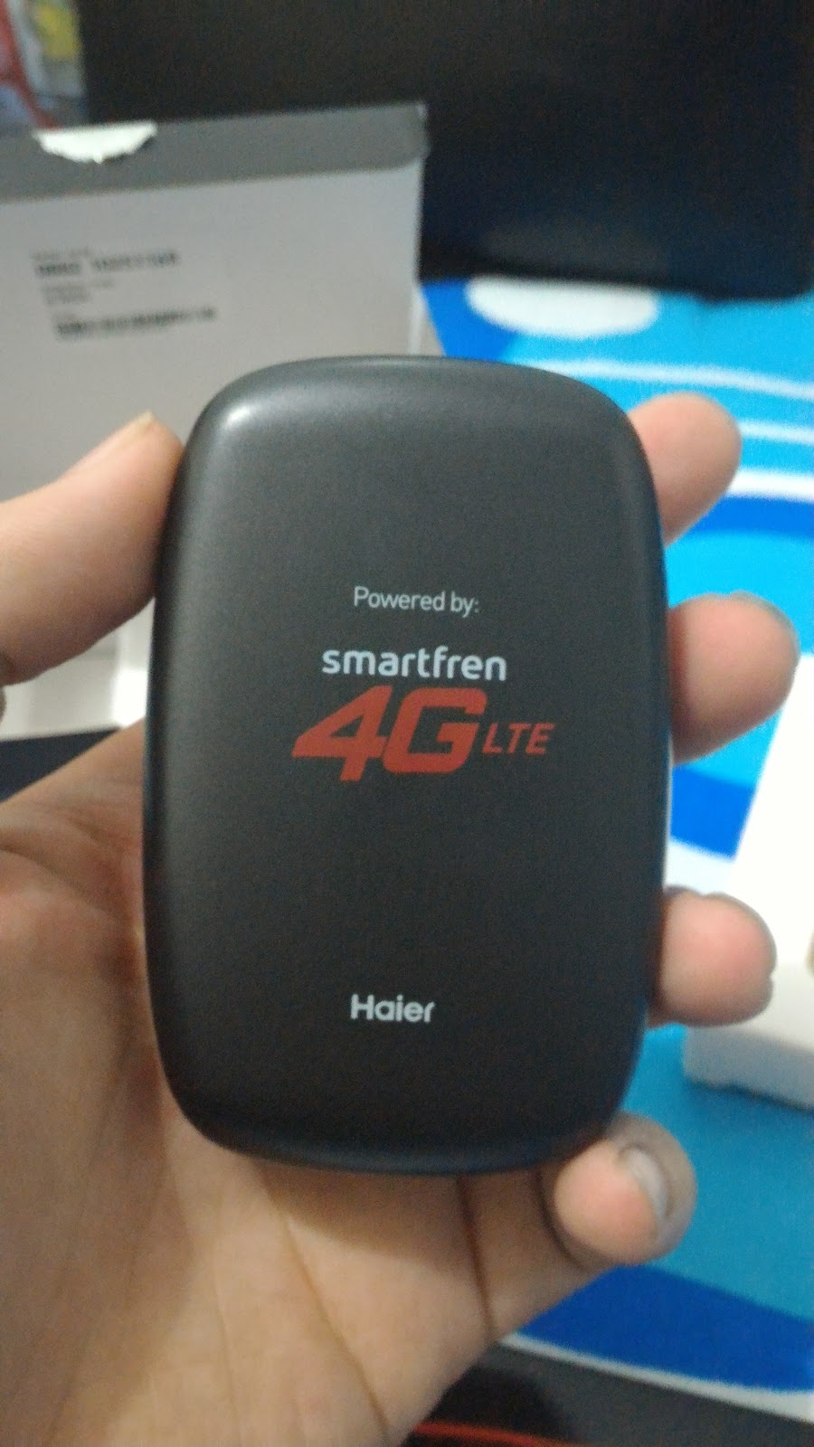 Smartfren M2y 4g Mi Fi A Pebble That Connects To The World Modem Wifi Lte Andromax M2p Putih Back Extra Care Is Needed Take It Off