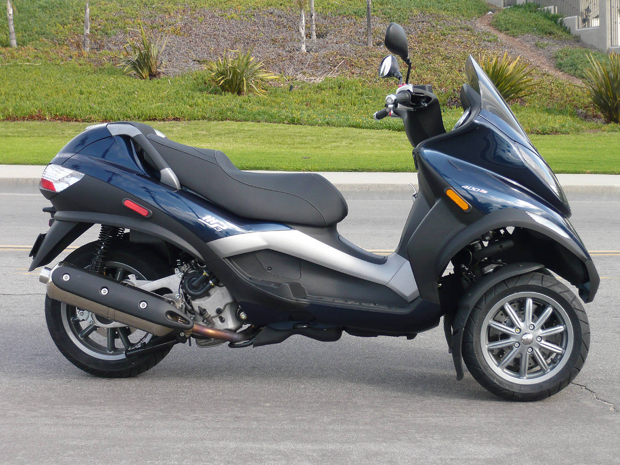 2012 piaggio mp3 400 fantastic motorboxer. Black Bedroom Furniture Sets. Home Design Ideas
