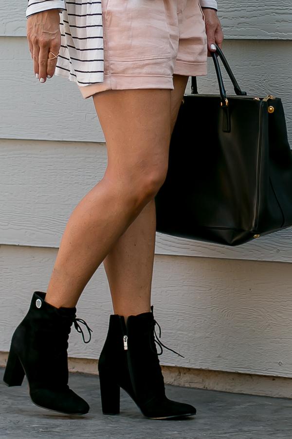 black shoes black bag falls hottest accessories