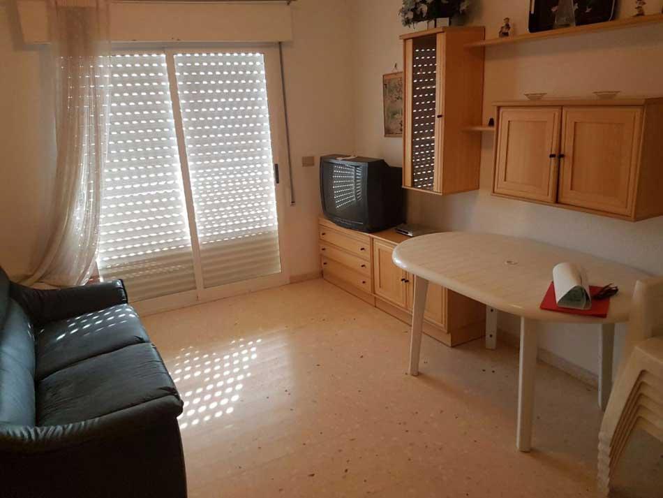 apartamento en venta calle cervantes benicasim salon
