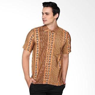 Model Baju Batik Pria Kombinasi Modis