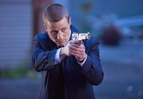 Ben McKenzie as Detective James Gordon in Fox Gotham TV Show Season 1 Episode 3 The Balloonman
