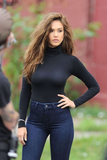 Jessica Alba – Shooting a denim campaign in New York City