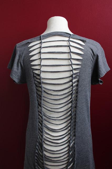 DIY-Basteltipp für das Upcycling eines T-Shirts von ars vera.