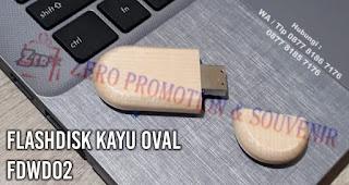 Souvenir USB Kayu Oval - Promosi Flashdisk Kayu FDWD02