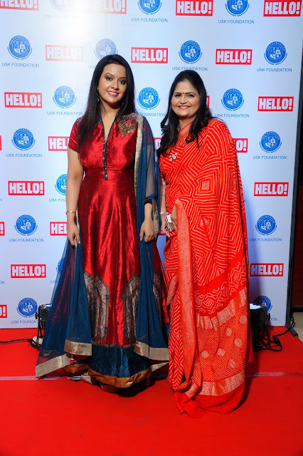 Amruta Fadnavis(L) with Usha Kakade (R) at the red carpet of URJA Awards in association with Hello!