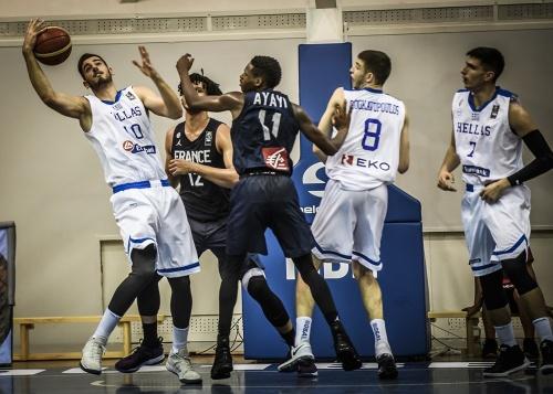 Εθνική Εφήβων: Ελλάδα – Γαλλία 81-86