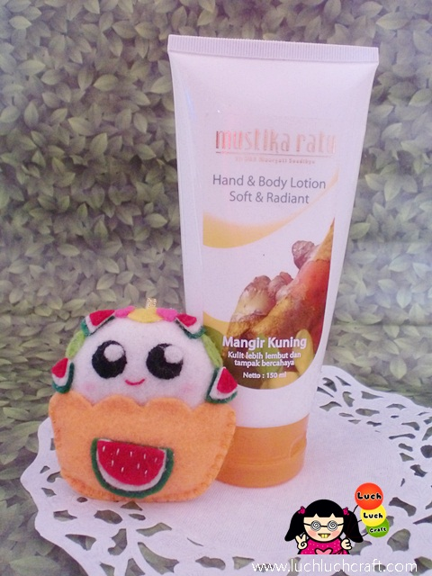 Beauty Review: Mustika Ratu Hand & Body Lotion Mangir Kuning