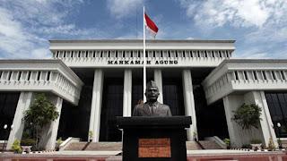 Pengertian Kekuasaan Legislatif, Eksekutif dan Yudikatif serta Fungsinya