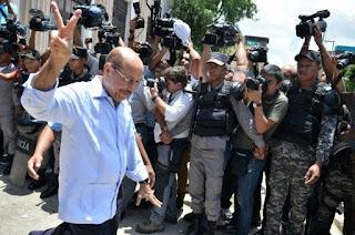 Temo Montás presenta recurso de apelación por coerción dictada en su contra
