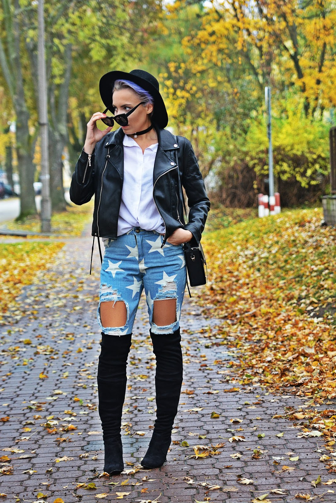 jeansy_w_gwiazdki_buty_za_kolano_czarna_ramoneska_karyn54