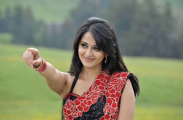 Anushka Shetty HD Wallpapers Download
