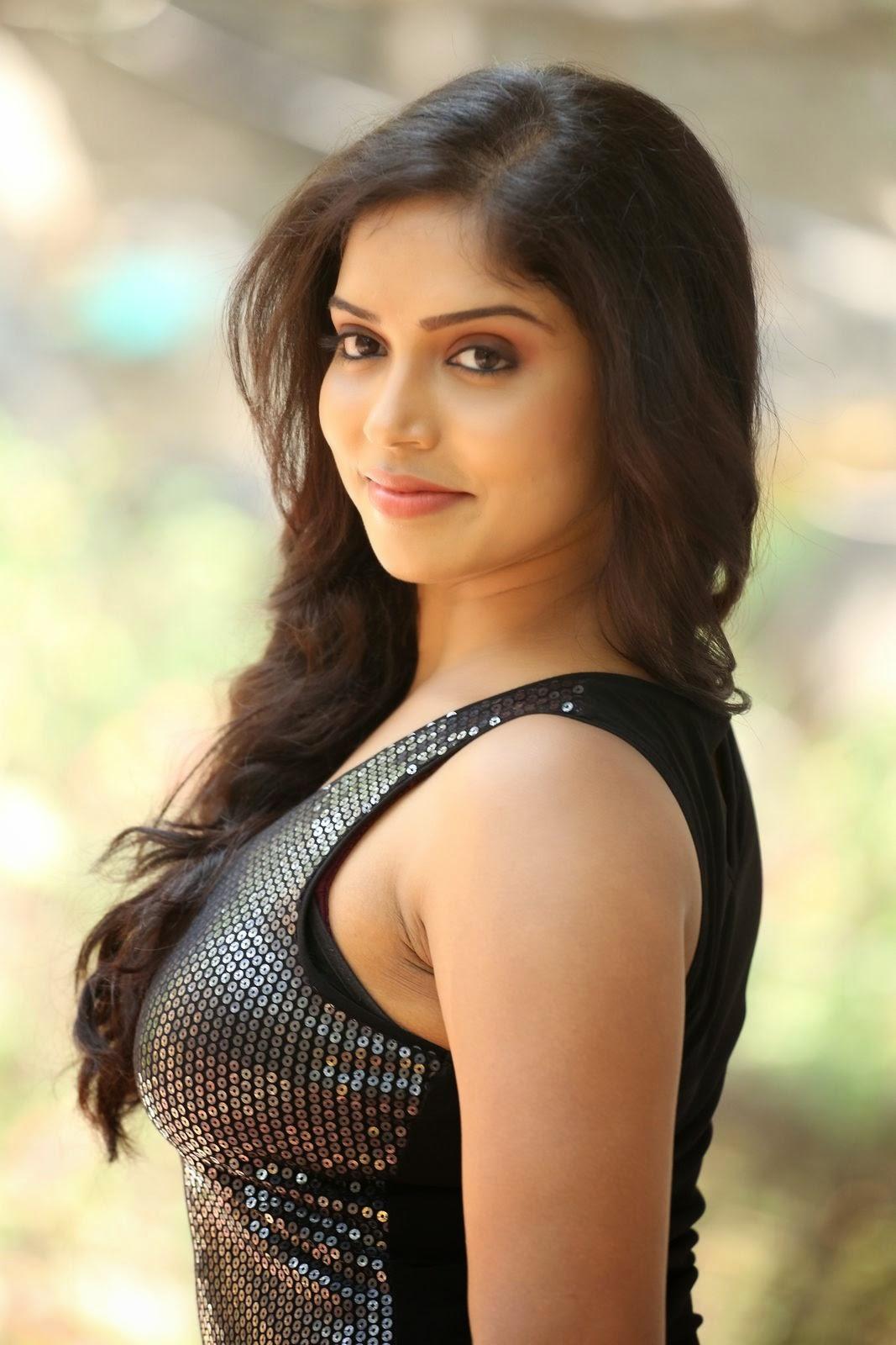 Actress Karunya New glam pics-HQ-Photo-54