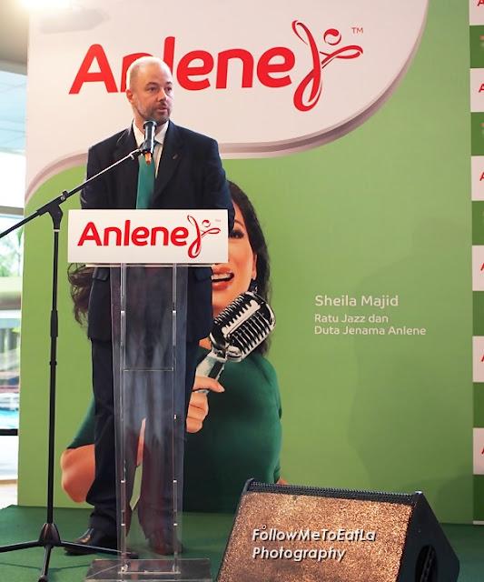 Mr. Jose Miguel Porraz Lando, Managing Director of Fonterra Brands Malaysia