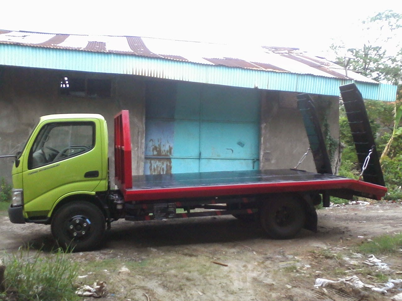 truk hino dutro selfloader
