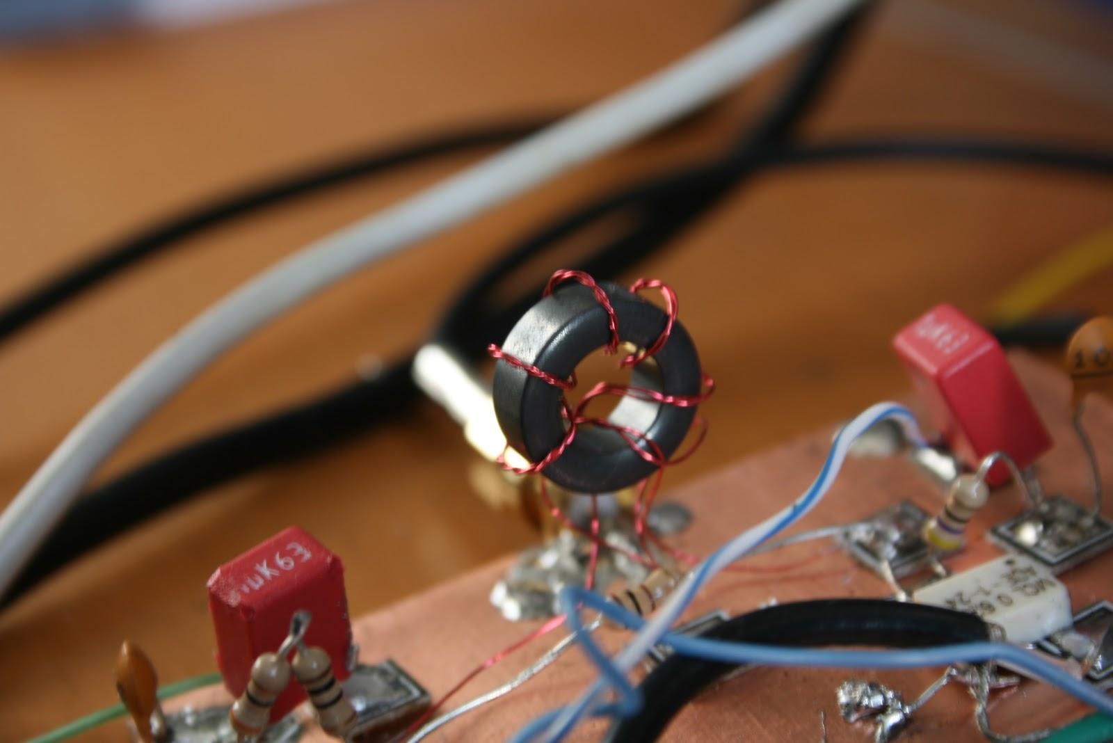 Jottings on Amateur Radio: Homebrew SDR HF Transceiver - RF Splitter