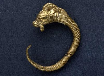 Χρυσό σκουλαρίκι της ελληνιστικής εποχής ανακαλύφθηκε στην Ιερουσαλήμ