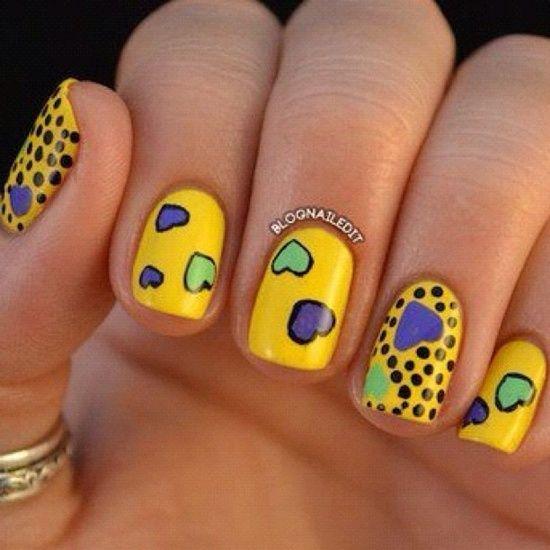Uñas Amarillas Con Corazones Y Puntos ε Diseños De Uñas Decoradas з