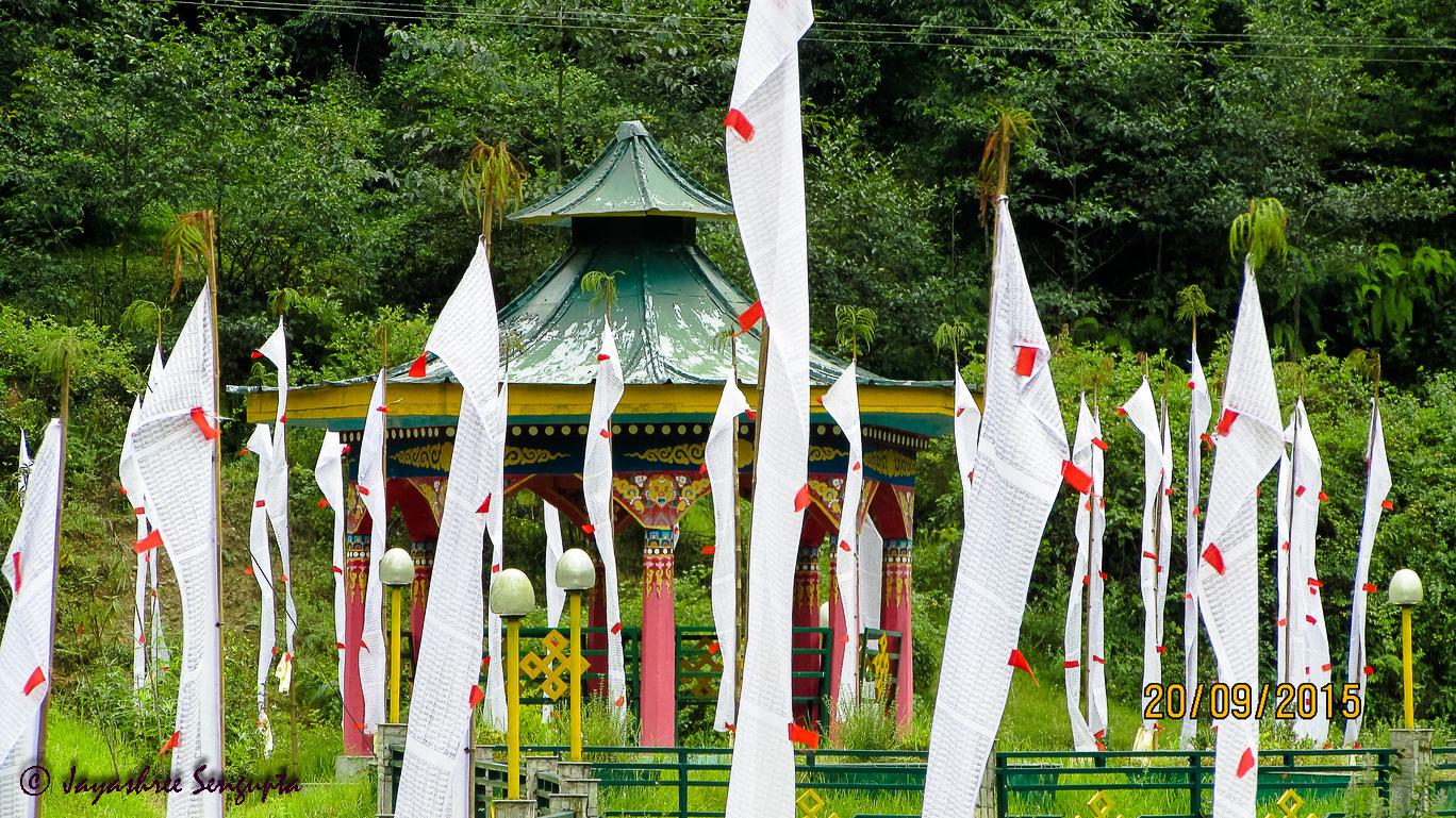 Sikkim (Rinchenpong- Kaluk- Hee- Bermiok- Uttarey)