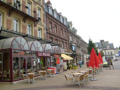Club des retrait s et anciens de guyancourt repas sorties for Piscine de fecamp