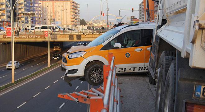 Diyarbakır'da Ceylanlar yakınlarında  zincirleme trafik kazası