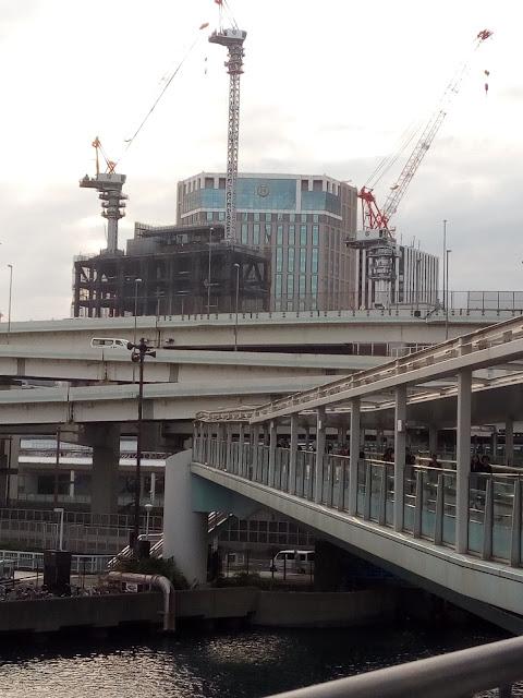 横浜 そごう 建設中 サイバーパンク