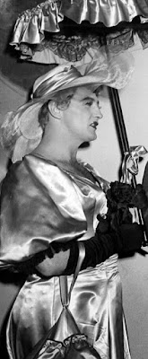 Robert Mitchum In Drag