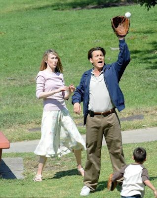 johnny-depp-plays-baseball-with-labyrinth-co-star